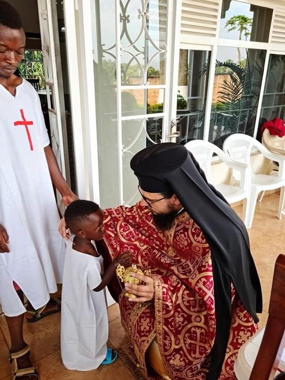 Părintele Nectarie - Misiunea sfântă a unui preot român în Africa