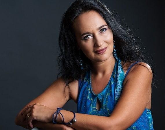 Laura Maria Cojocaru, psihoterapeut și trainer în programare neurolingvistică - Despre rolul oamenilor în viața noastră