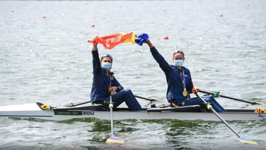 Echipajul de dublu vâsle feminin, format din Ancuţa Bodnar şi Simona Radiş